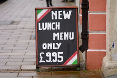 Знак меню обеда вне ресторана Стоковые Изображения