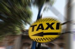 Знак направления такси Стоковая Фотография