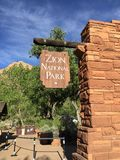 Знак национального парка Сиона Стоковые Изображения RF