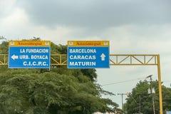 Знак на пути в Венесуэле стоковые фотографии rf