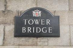 Знак на стене моста башни Стоковая Фотография RF