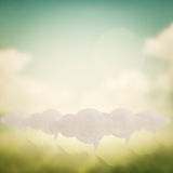 Знак облака на запачканной конспектом предпосылке природы стоковое изображение rf