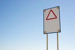 Знак опасности с красным треугольником Стоковая Фотография RF
