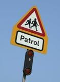 Знак патруля скрещивания школы Стоковое Фото
