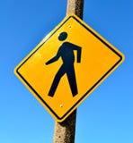 знак пешехода скрещивания Стоковое Фото