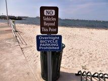 Знак пляжа, Gulfport, Флорида стоковое изображение