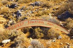 Знак станции такси осла, остров Крита, Греции Стоковое Фото