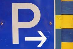 знак стоянкы автомобилей Стоковая Фотография RF