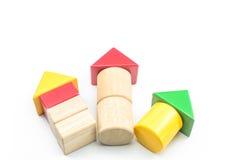 Знак стрелки от блоков треугольника цвета деревянных Стоковое Изображение