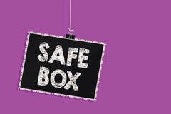 Знак текста показывая безопасную коробку Схематическая структура фото a малая где вы можете держать важные или ценные вещи вися к иллюстрация вектора