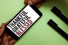 Знак текста показывая благодарное благословленное признательное Человека ориентации настроения схематической признательности благ стоковое фото