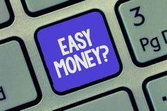 Знак текста показывая вопрос о легких денег Схематические доходы фото полученные легко особенно в нечестном пути стоковые фотографии rf