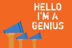 Знак текста показывая здравствуйте! я гений Схематическое фото вводит как над средней персоной к другим дикторы объявления стоковая фотография rf