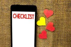 Знак текста показывая контрольному списоку схематический план списка Todolist фото отборный вопросник данным по обратной связи от Стоковая Фотография RF