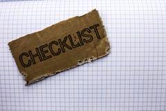 Знак текста показывая контрольному списоку схематический план списка Todolist фото отборный вопросник данным по обратной связи от Стоковая Фотография