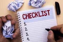 Знак текста показывая контрольному списоку схематический план списка Todolist фото отборный вопросник данным по обратной связи от Стоковое Фото