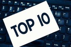 Знак текста показывая 10 лучших Схематический на список фото большинств требуя отклоняя кино песен показано онлайн в заказе стоковое фото rf
