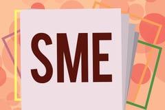 Знак текста показывая малые и средние предприятия Схематическая компания фото с предприятием отсутствие больше чем 500 работников иллюстрация вектора