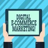Знак текста показывая маркетинг коммерции цифров e Схематические приобретение фото и продажа руки анализа Hu товары и услуги онла иллюстрация штока