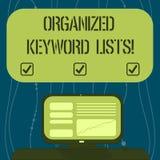 Знак текста показывая организованные списки ключевого слова Схематическое фото принимая список ключевых слов и установить их в ко стоковые фотографии rf
