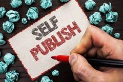 Знак текста показывая собственную личность опубликовывает Схематическое издание фото пишет факты статьи рукописи публицистики нап стоковые изображения rf