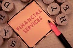 Знак текста показывая финансовые обслуживания Схематические деньги фото и брокерства запасов lending снятия в аренду вклада стоковая фотография rf