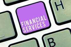 Знак текста показывая финансовые обслуживания Схематические деньги фото и брокерства запасов lending снятия в аренду вклада стоковое фото rf