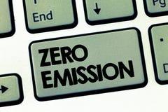 Знак текста показывая zero излучение Схематическое фото никакой вредный отпуск газа к атмосфере сохраняет окружающую среду стоковые изображения