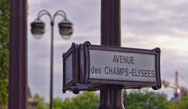 Знак улицы бульвара Champs-Elysees стоковые фотографии rf