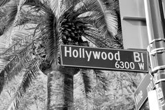 Знак улицы бульвара Голливуда стоковые изображения rf