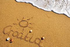 Знак Хорватии на пляже Стоковое Фото