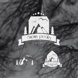 Знак, шеврон, гора стикера, лес, птицы Стоковые Фотографии RF