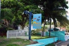 Знак для пиццерии макинтоша в островах гренадина Стоковое Фото