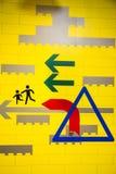 Знак Lego для пешеходов Стоковые Фото