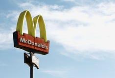 Знак McDonald Стоковые Фотографии RF