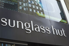 Знак Sunglass Хаты Компании Стоковая Фотография