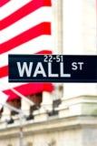 Знак Wall Street, New York стоковые изображения