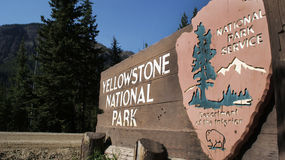 знак yellowstone парка стоковое изображение