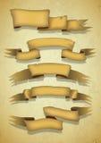 5 знамен золота с реалистическими тенями в старом стиле белизна вектора вала llustration предпосылки изолированная шаржем Стоковая Фотография