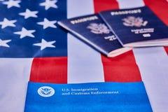 Принуждение иммиграции и таможен стоковое изображение rf