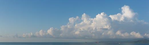 Знамя Cloudscape горизонтальное Стоковое Изображение RF