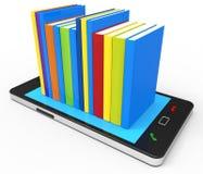 Знание телефона онлайн показывает Всемирный Веб и книгу Стоковые Изображения