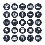 Значки глифа оборудования фотографии плоские Цифровой фотокамера, освещение, видеокамеры, аксессуары, карта памяти вектор Стоковое фото RF