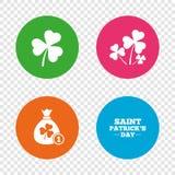 Значки дня St. Patrick Сумка денег с монеткой Стоковое Фото