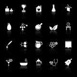 Значки обработки курорта с отражают на черной предпосылке Стоковое Изображение RF