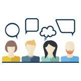 Значки людей с пузырями речи диалога Плоский дизайн Стоковые Изображения RF