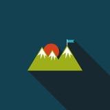 Значок горы туристский плоский с длинной тенью Стоковые Фото
