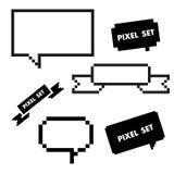 Значок пиксела установленный с пузырем речи Стоковые Фото