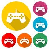 Значок регулятора или gamepad видеоигры или логотип, набор цвета с длинной тенью иллюстрация вектора