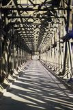 Зодчество моста утюга стоковые фото